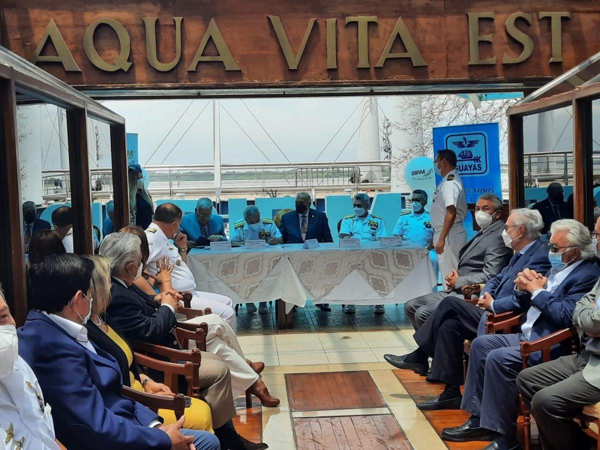 Acuerdo de promoción cultural del Grupo Empresarial BIRM y el Buque Escuela Guayas