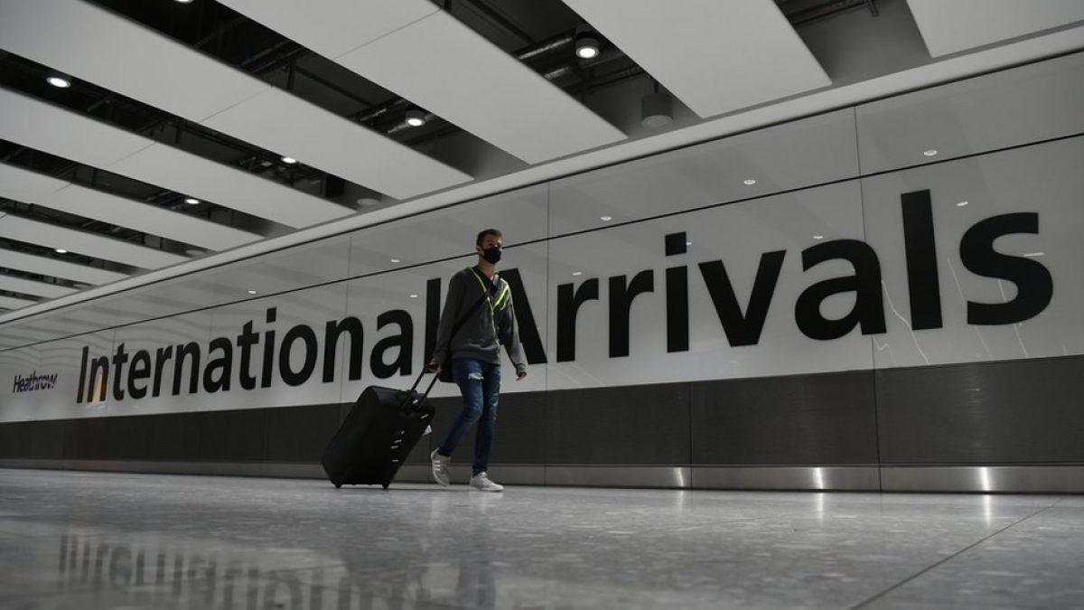 Francia anuncia la suspensión de vuelos con Brasil