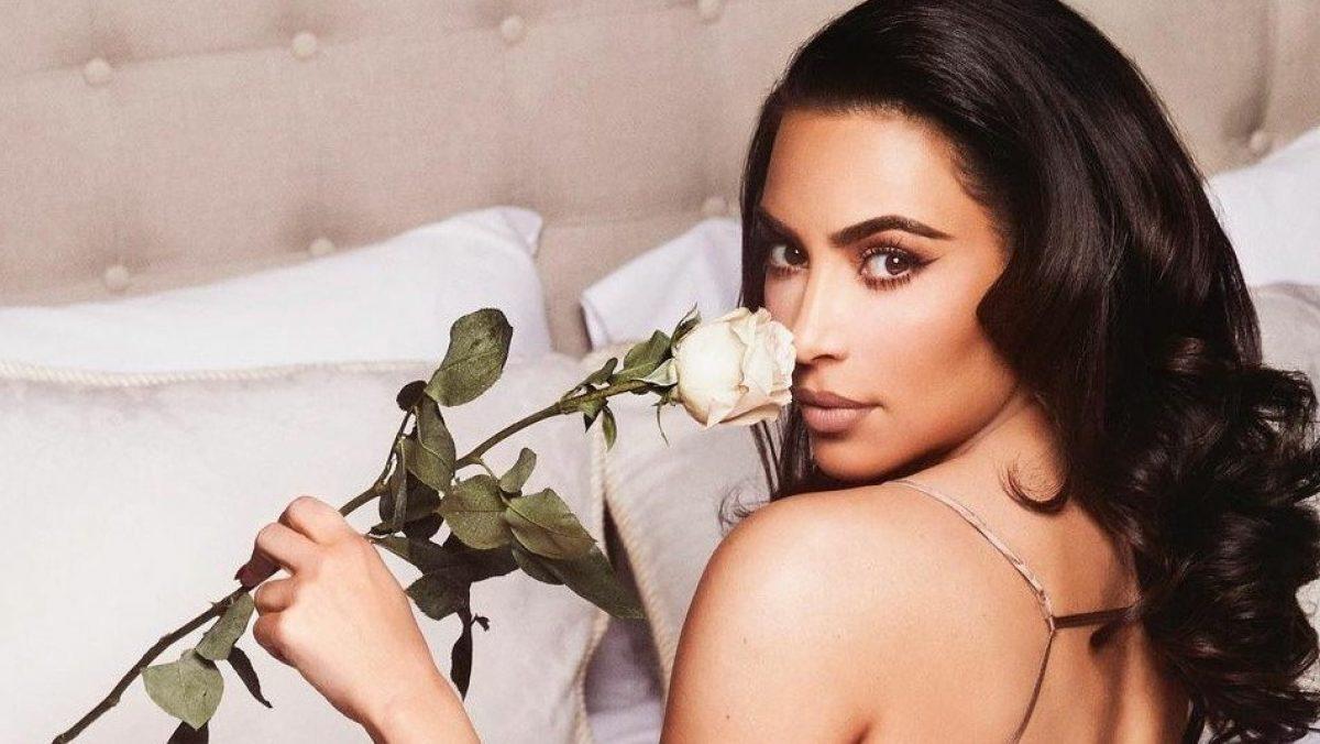 Revelan foto de Kim Kardashian sin maquillaje