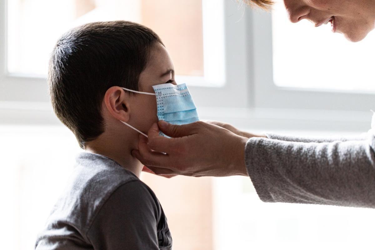 Detectan en Uruguay cinco casos de la variante brasileña del coronavirus