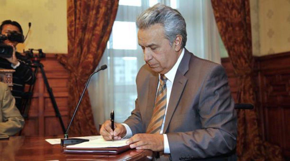 Presidente Lenín Moreno ordenó destitución del gerente del BIESS