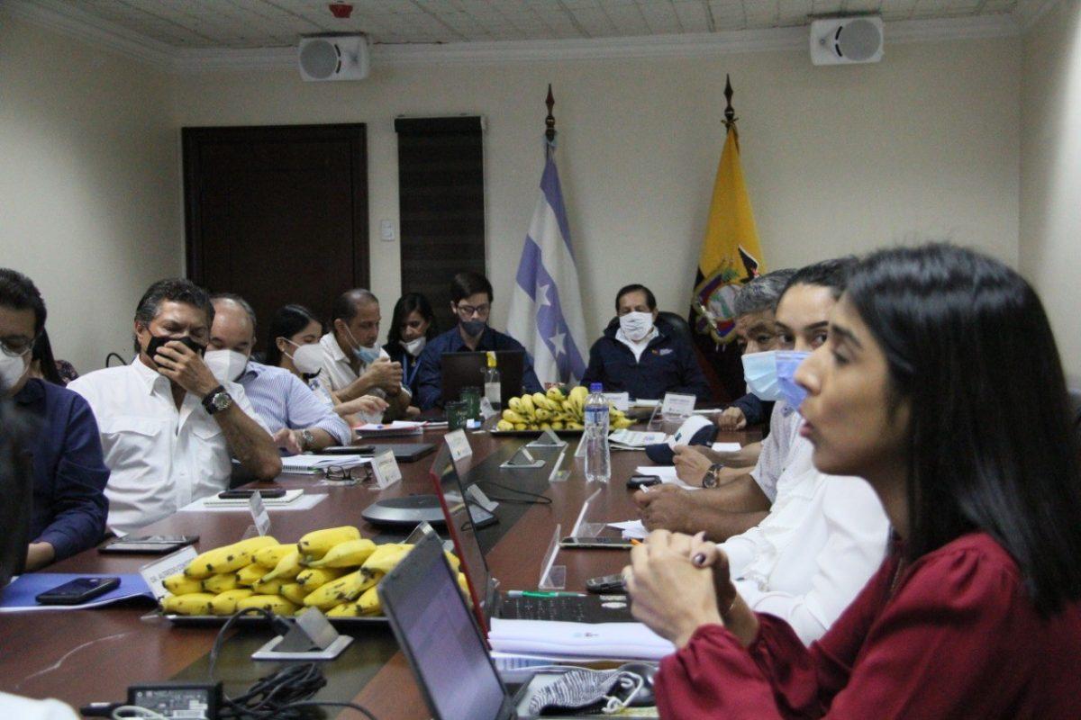 Mesa de negociación para definir el precio del banano se reunió en Guayaquil