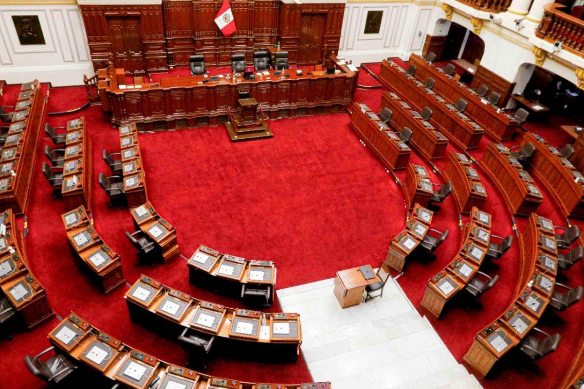El Congreso peruano exhorta a Manuel Merino a renunciar a la presidencia