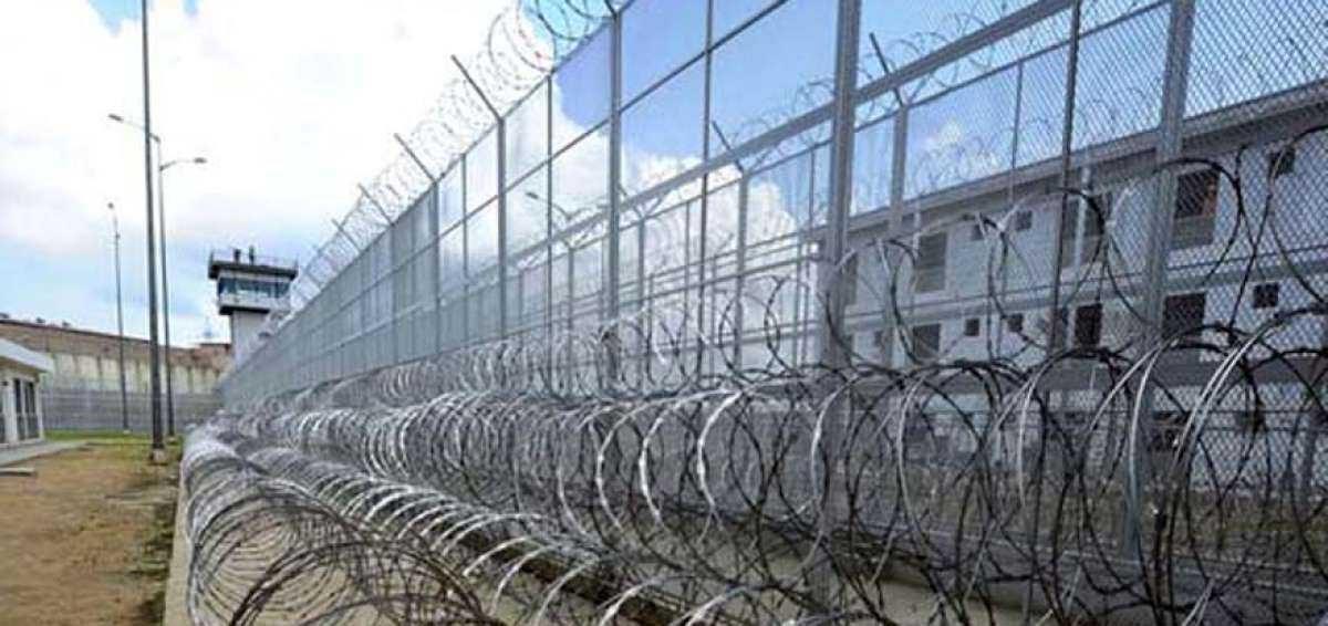 Ocho muertos se reportan en la cárcel de Guayaquil