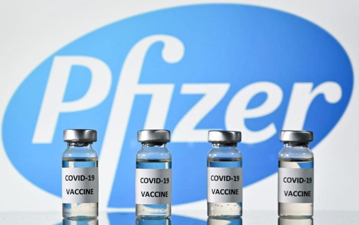 """Tercera dosis de Pfizer aumenta """"fuertemente"""" la protección contra la variante delta según un estudio"""