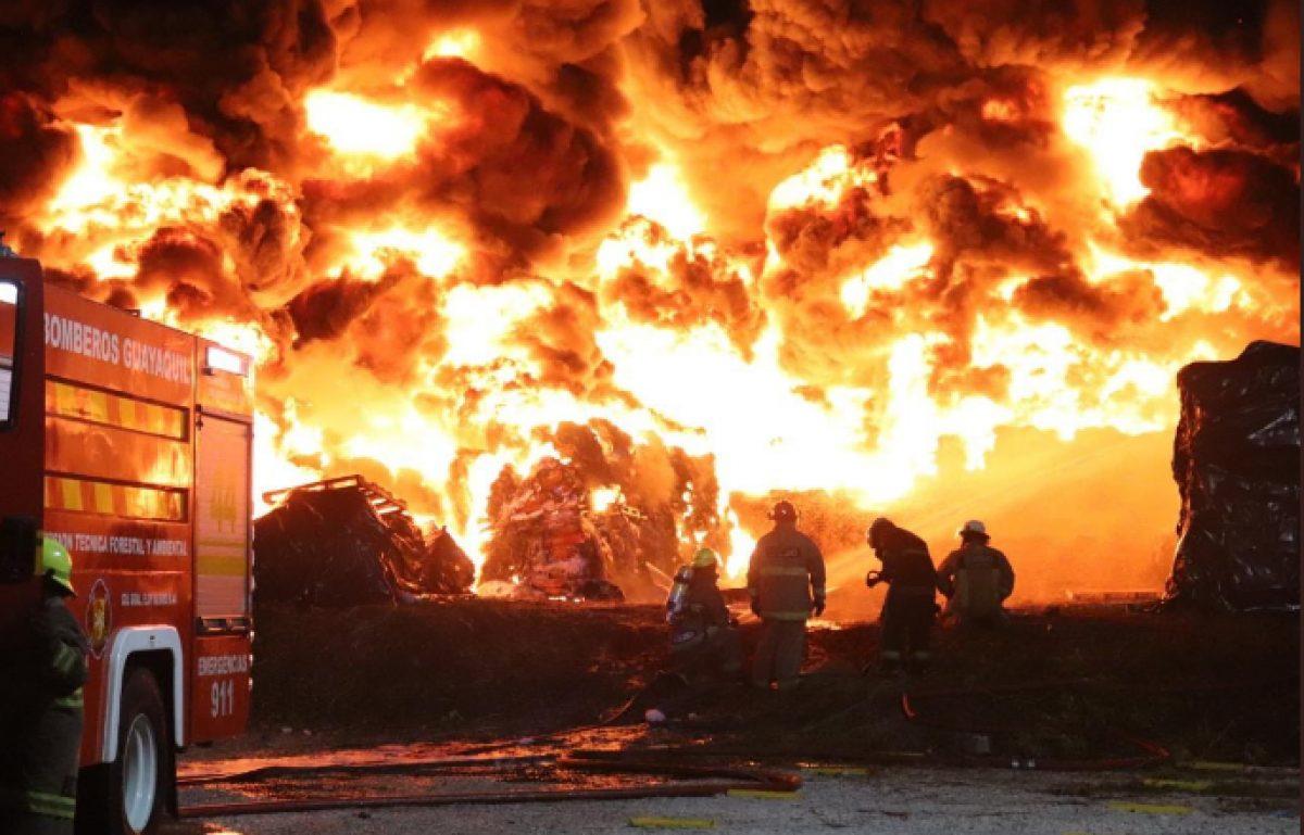 Incendio al norte de Guayaquil en fin de año