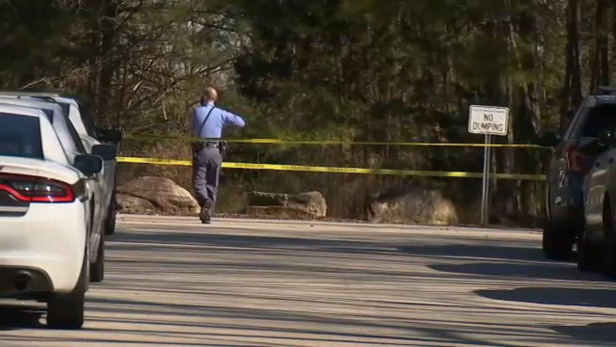 VIDEO   Policías encontraron el cuerpo de una mujer dentro de una maleta en Estados Unidos