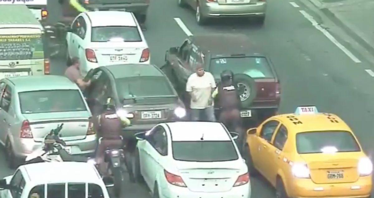 Video muestra la detención de varias personas tras una persecución en Guayaquil