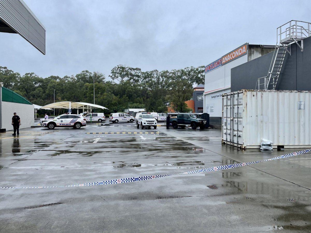Encuentran a una mujer muerta dentro de un contenedor de caridad en Australia
