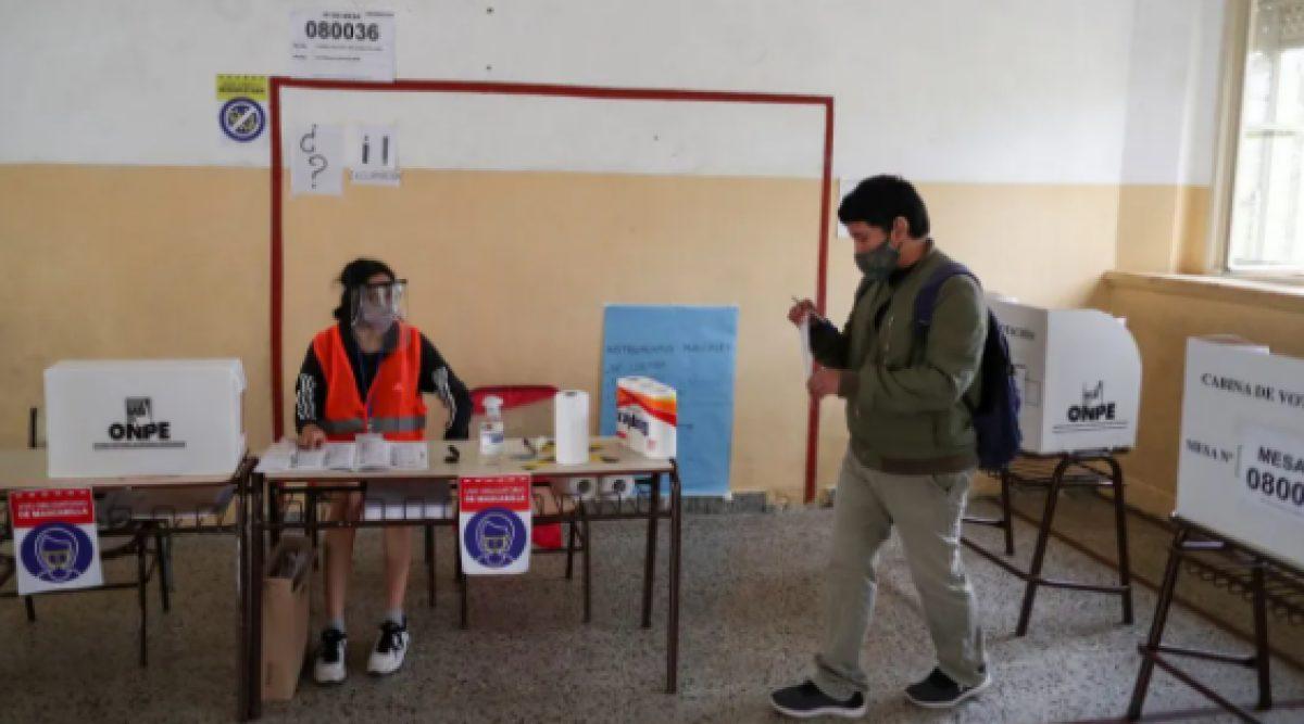 Elecciones en Perú: seis candidatos pugnan por pasar a segunda vuelta