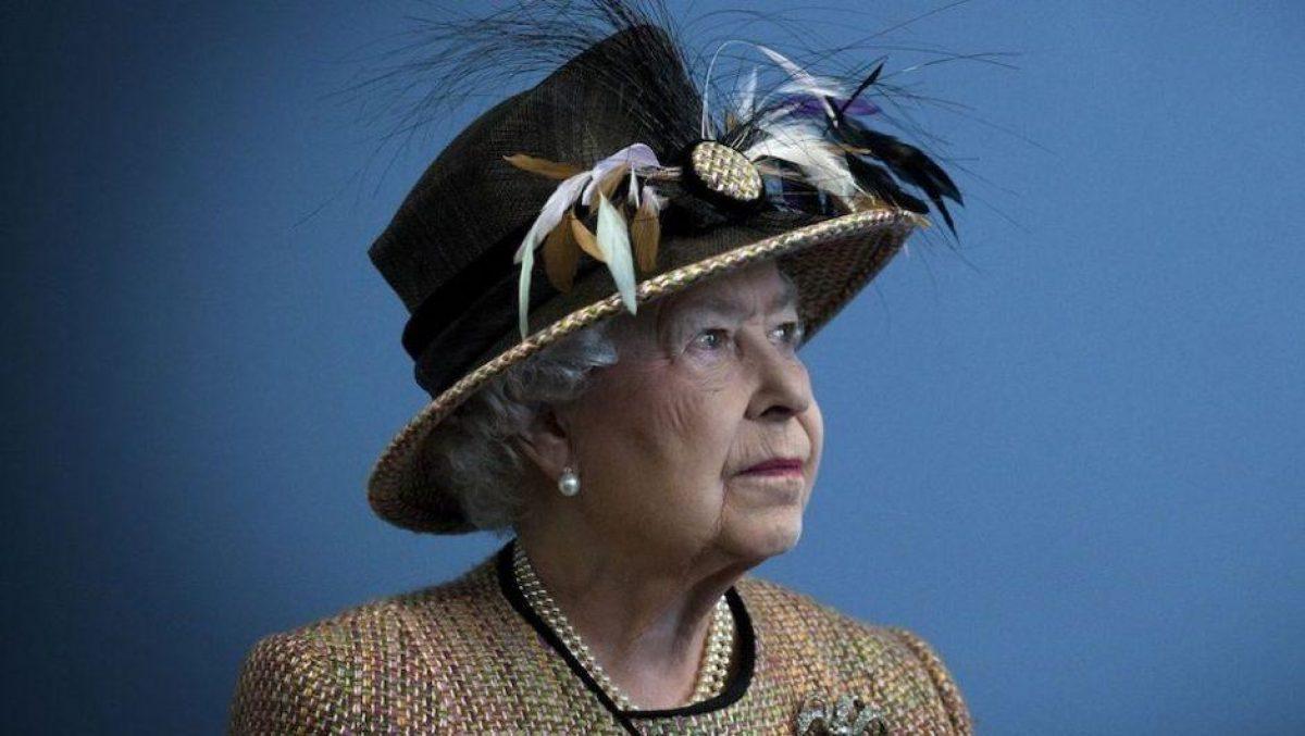 La reina Isabel II cumple 95 años en medio del luto