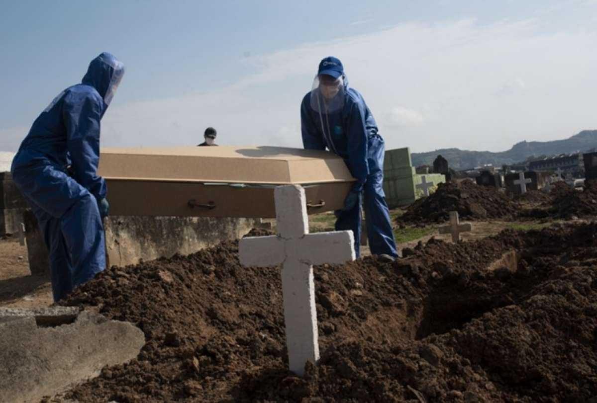 Cuatro países de America Latina rompen récords en fallecidos por COVID-19