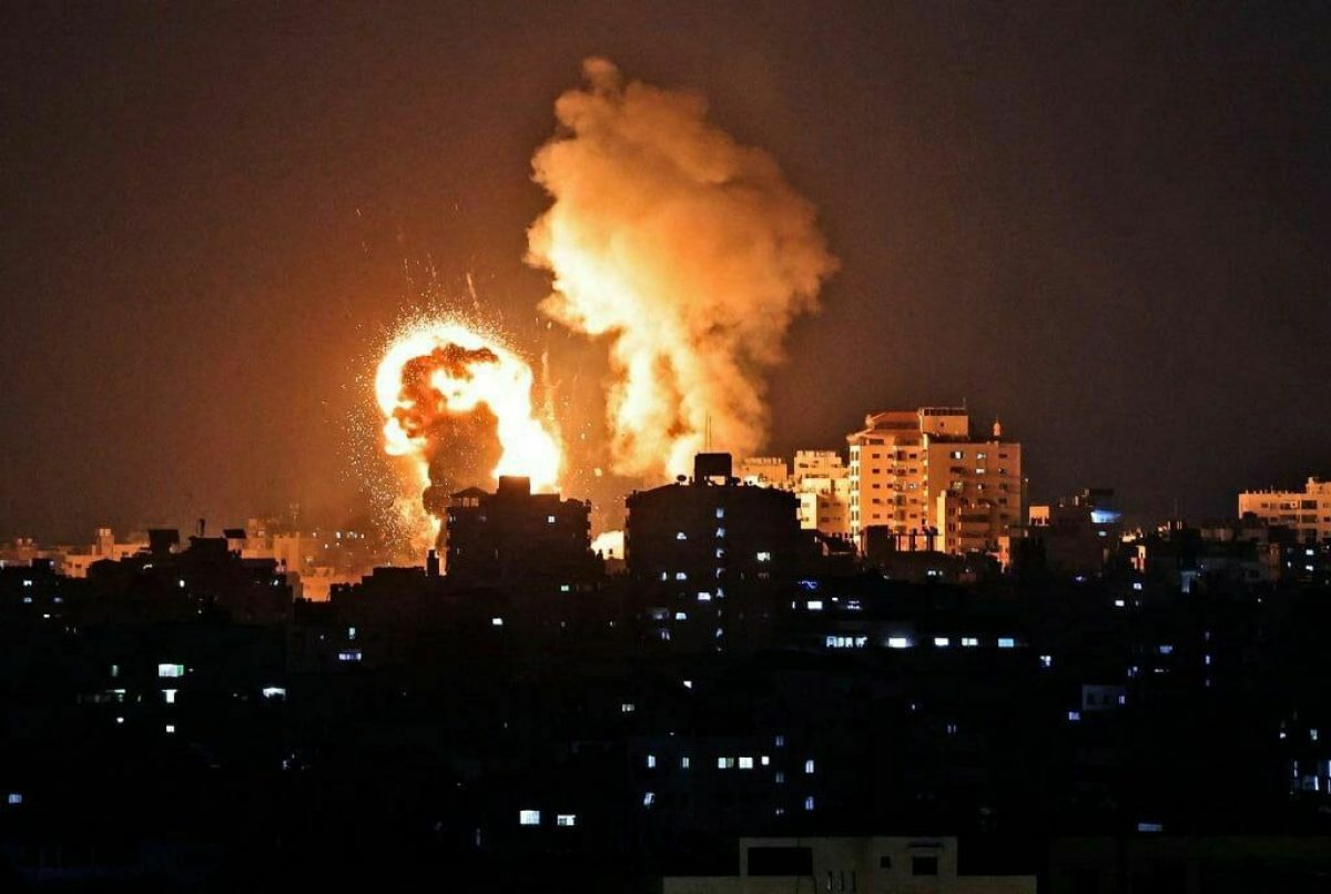 Bombardeo de Israel tras el lanzamiento de cohetes hacia Jerusalén causa 20 muertos