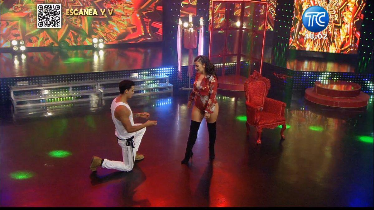 Samantha Grey recibe una propuesta en pleno show de 'Soy El Mejor'