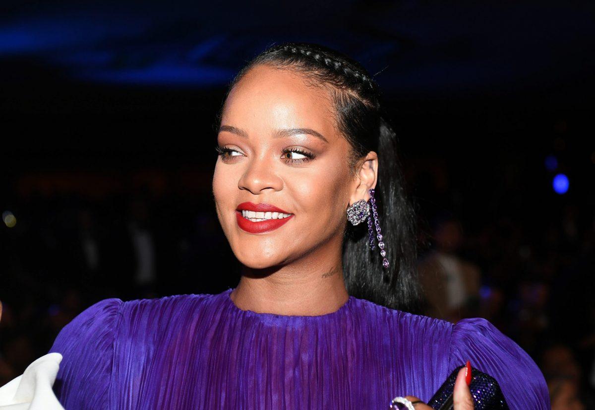 Rihanna se prepara para su regreso musical