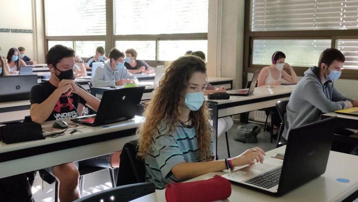 COE Nacional autoriza regreso a clases presenciales a 37 universidades