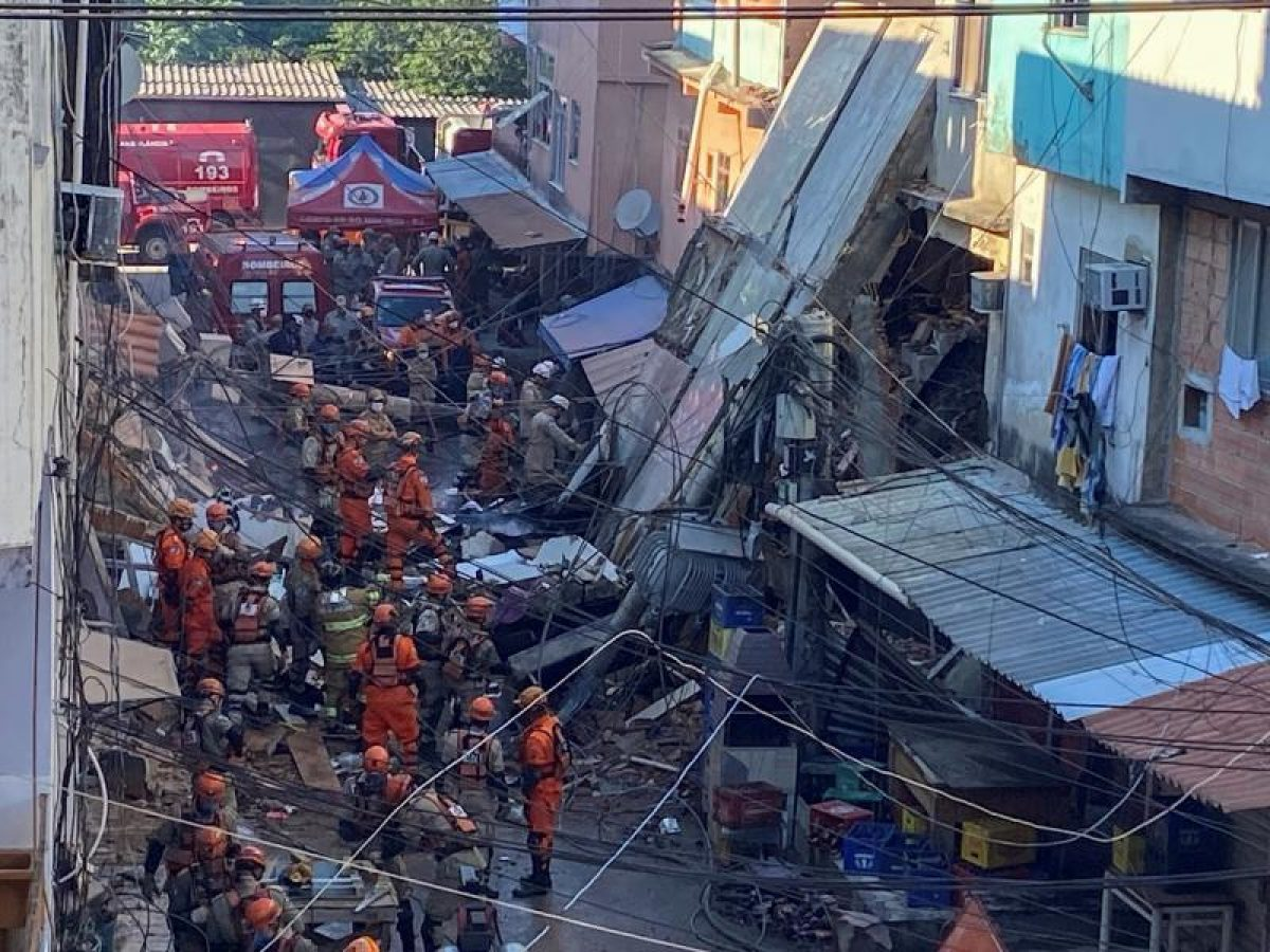 Un edificio de cuatro pisos se desplomó en Brasil