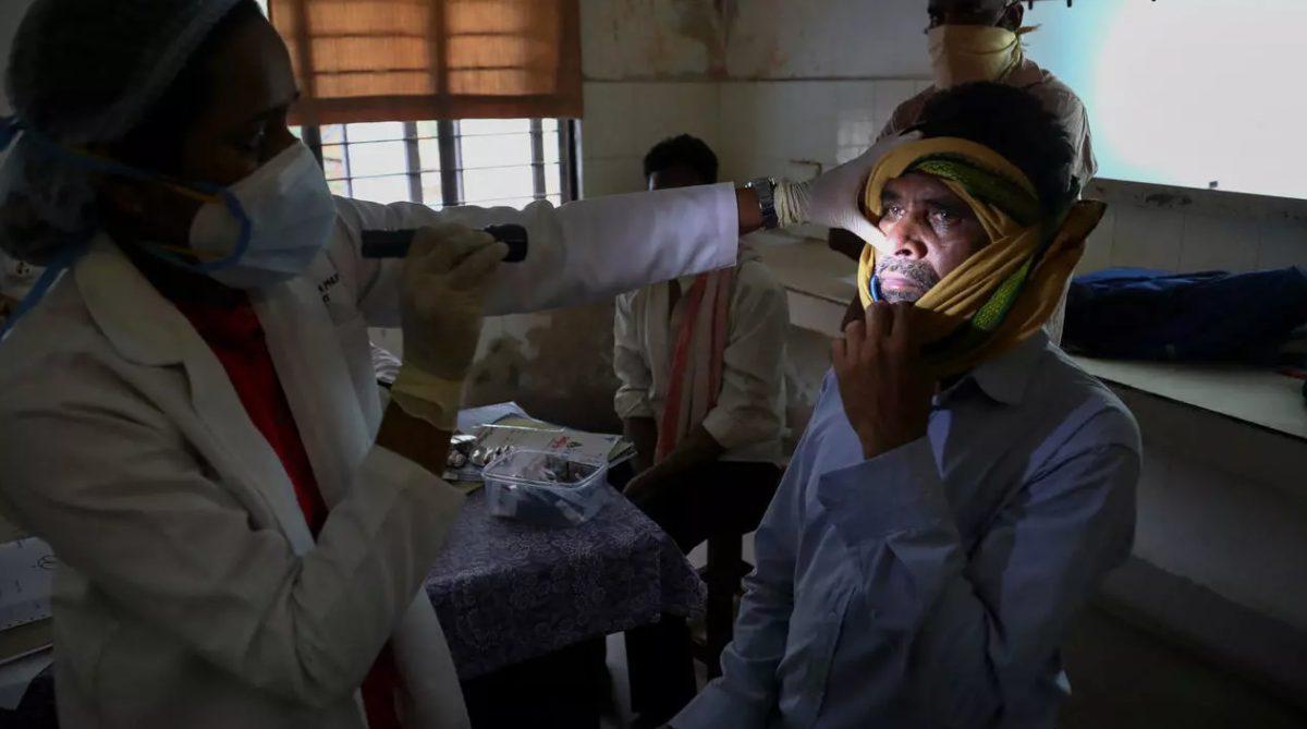 India registra un aumento del 150 % en las infecciones por 'hongo negro'