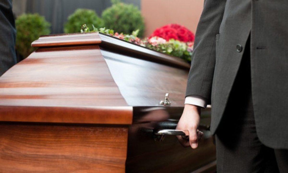 Padre aseguró que su hijo fallecido se movió en el ataúd