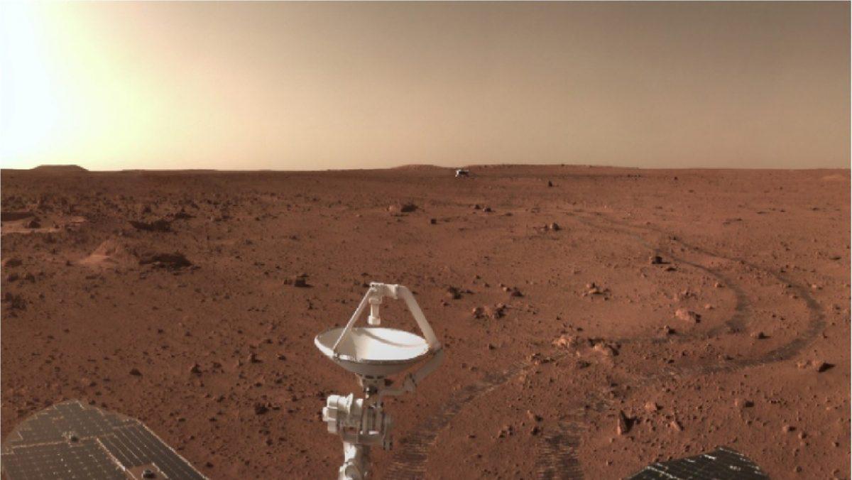 China publica nuevas imágenes a color del aterrizaje y exploración en Marte