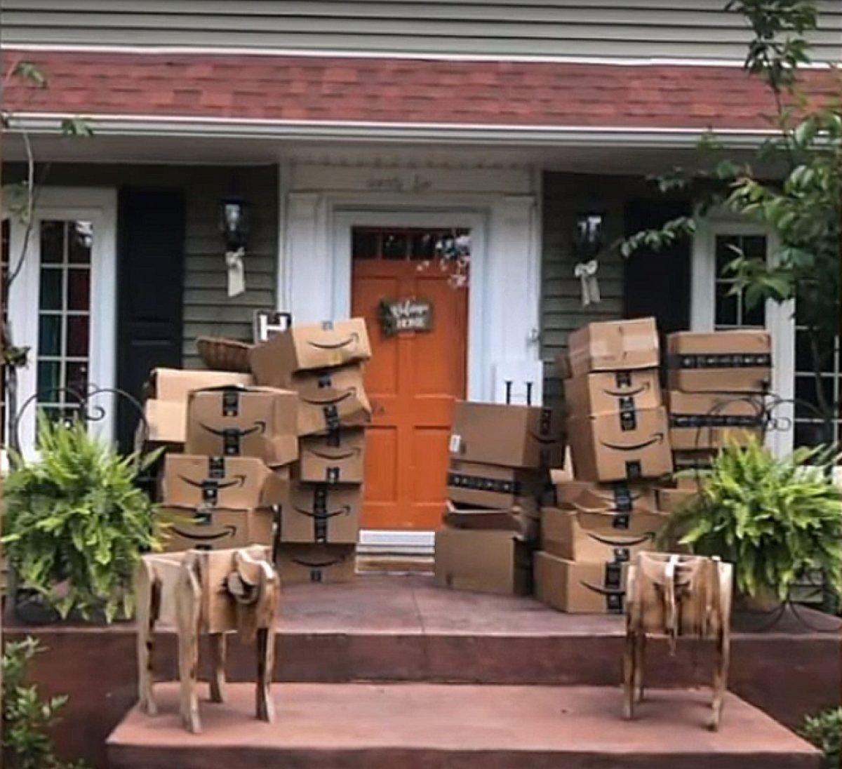 Mujer recibe por error 150 paquetes de Amazon y decide donarlos a hospitales