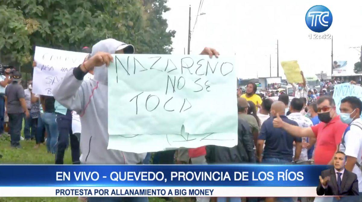 Decenas de personas marchan a favor de 'Big Money' en Quevedo