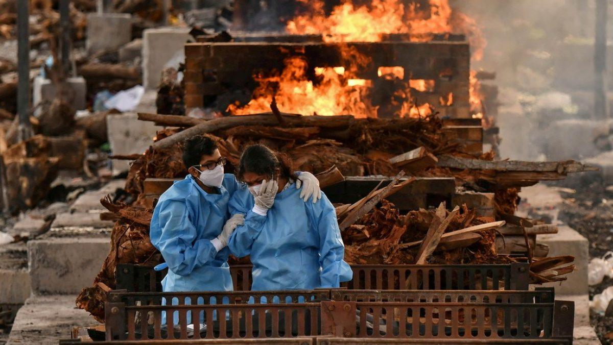 Un crematorio indio hará un parque con las cenizas de miles de víctimas del covid-19