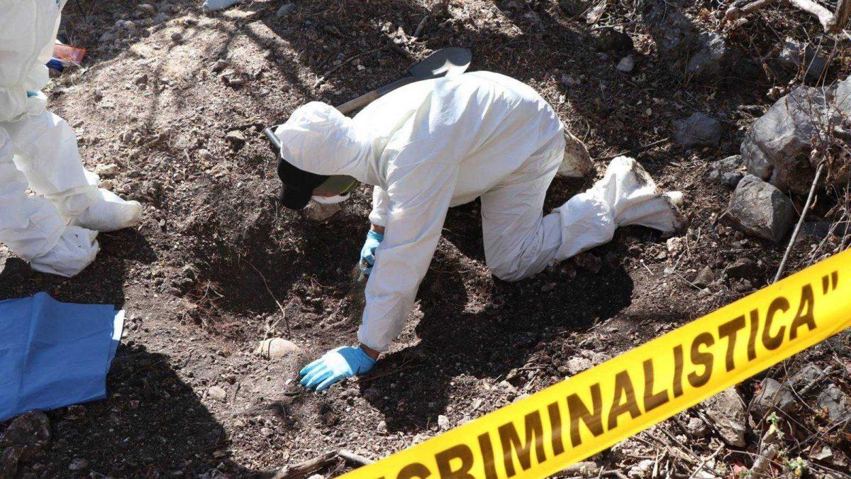 México reporta hallazgo de 174 fosas clandestinas en primer semestre de 2021