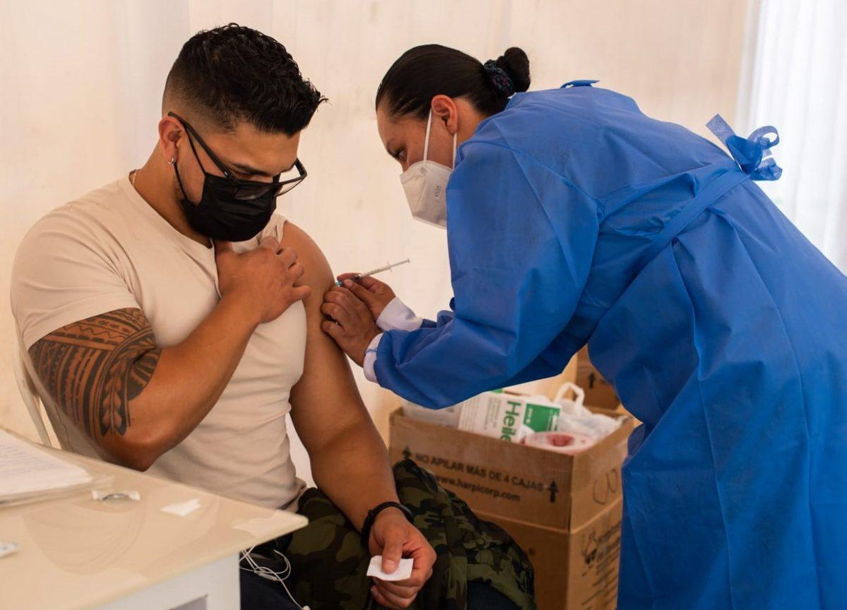 Colaboradores de Banco Pichincha y compañías subsidiarias son vacunados contra el Covid-19