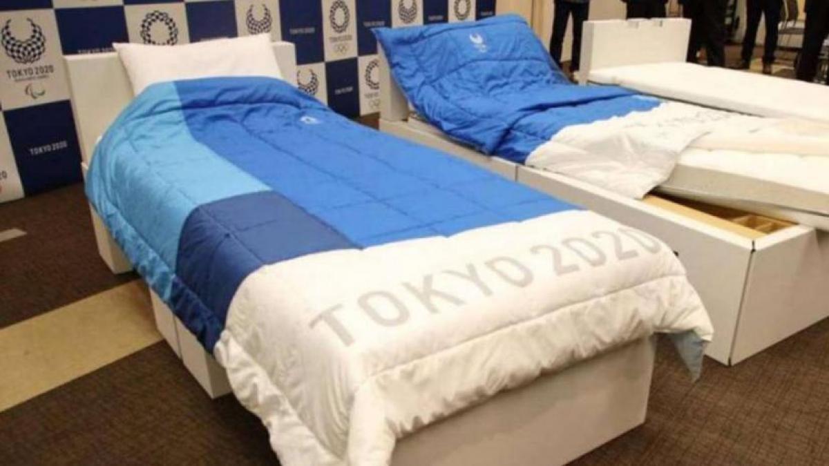 """Crean camas """"antisexo"""" para evitar contagios de covid-19 en Tokio 2020"""