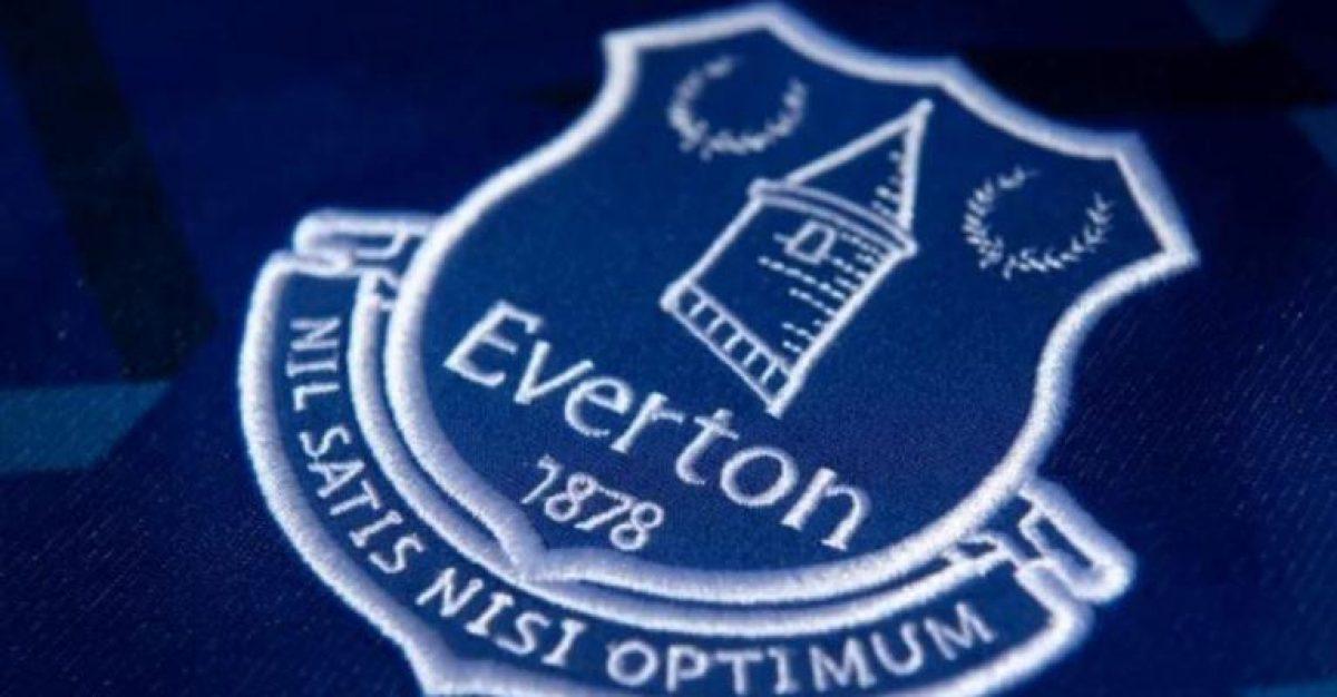 Jugador del Everton arrestado por pedofilia