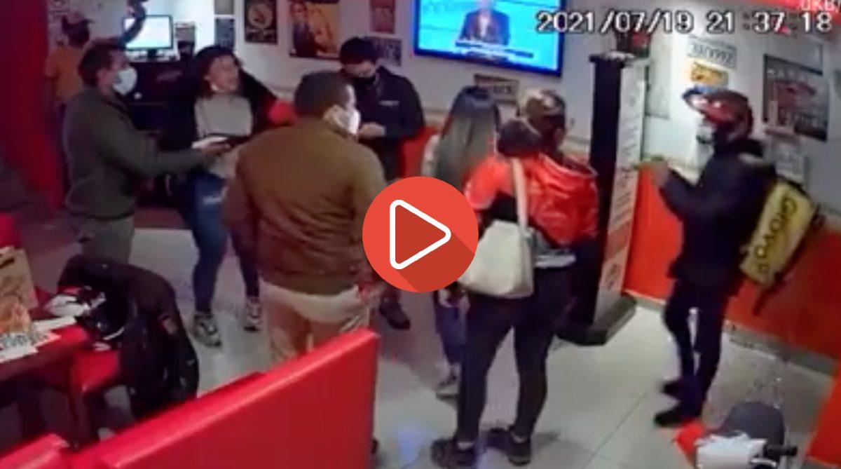 Delincuentes disfrazados de repartidores asaltaron en restaurante de Quito