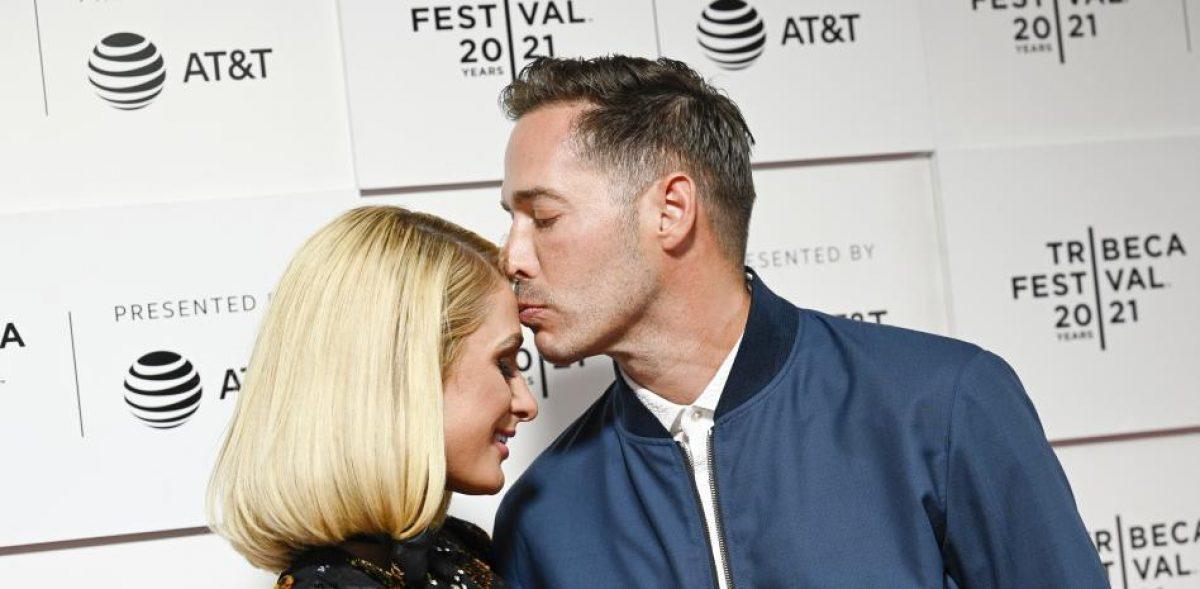 Paris Hilton está embarazada del empresario Carter Reum