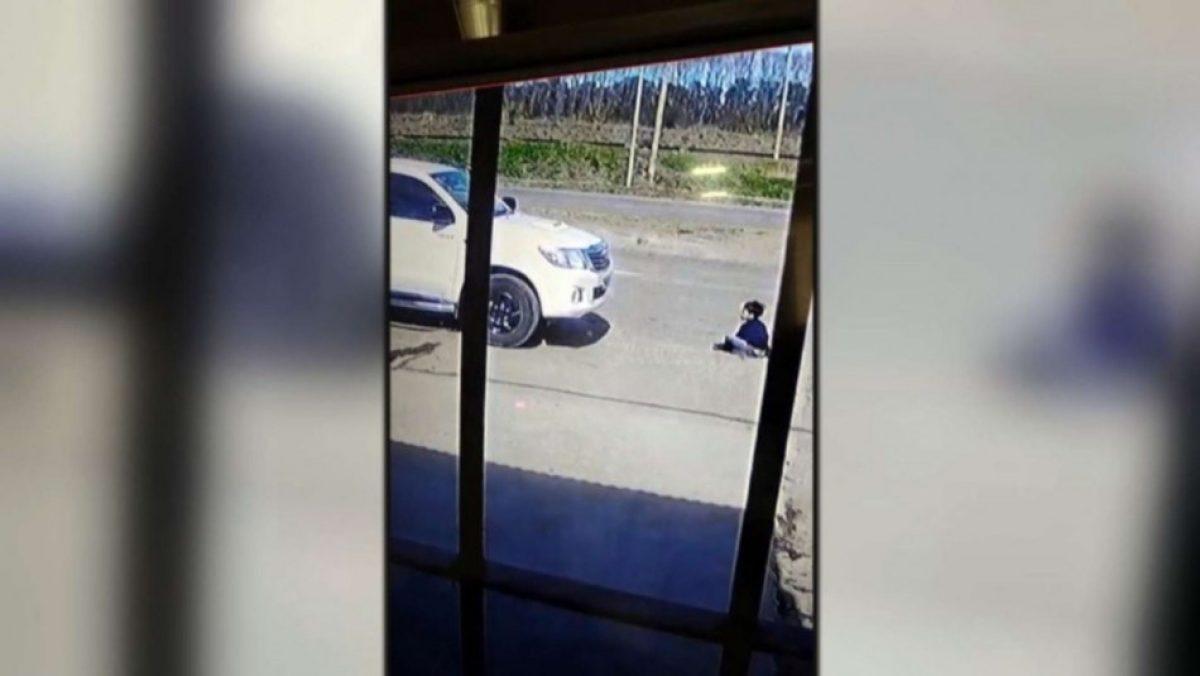 Conductor atropelló a un niño de siete años pensando que era un perro