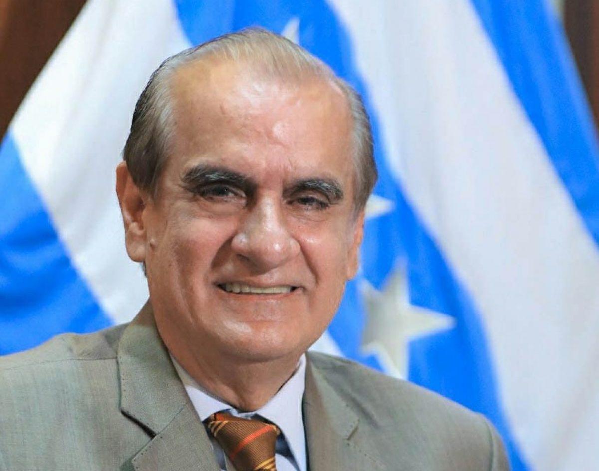 Renuncia Vicente Taiano Álvarez a la Gobernación del Guayas