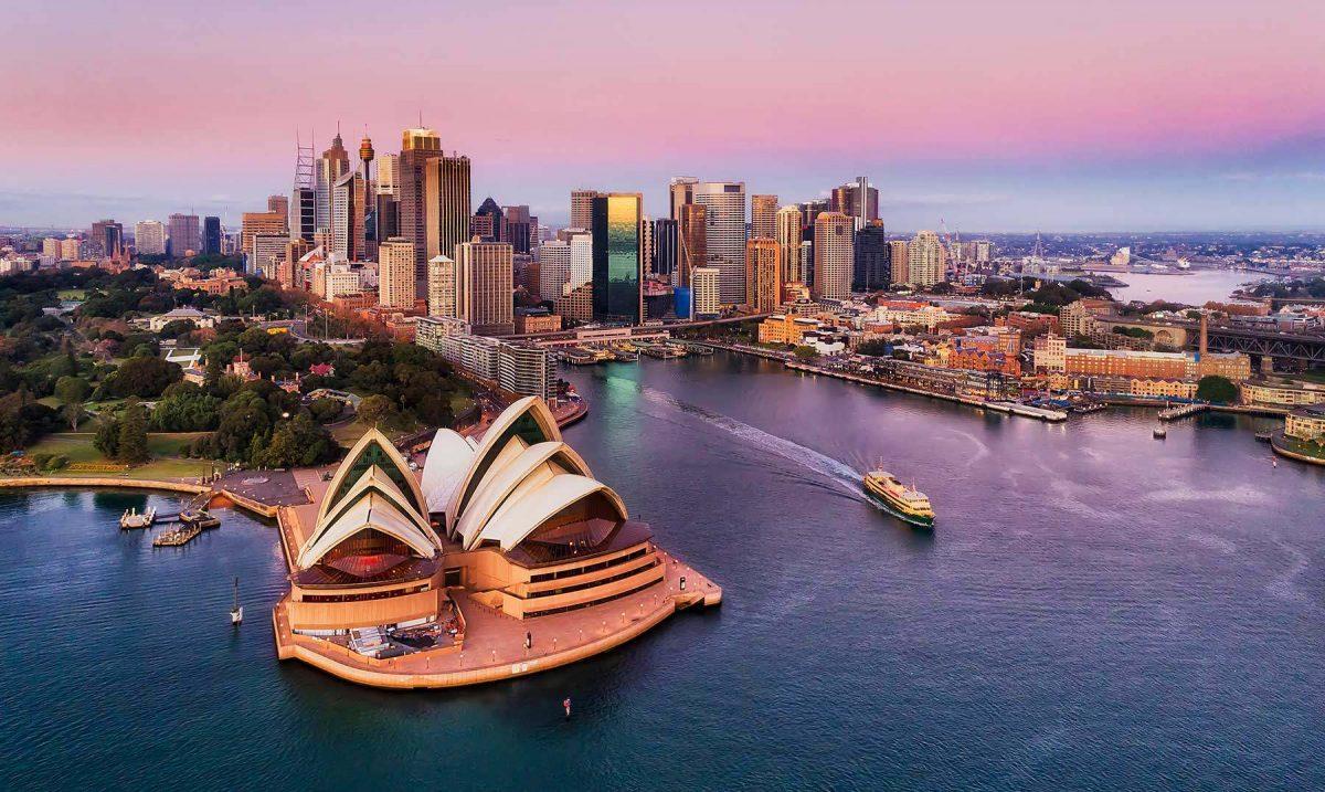 Gobierno australiano ofrece boletos de avión a mitad de precio para levantar turismo en el país