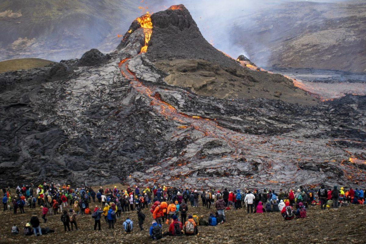 El fascinante despertar de un volcán tras 800 años de sueño