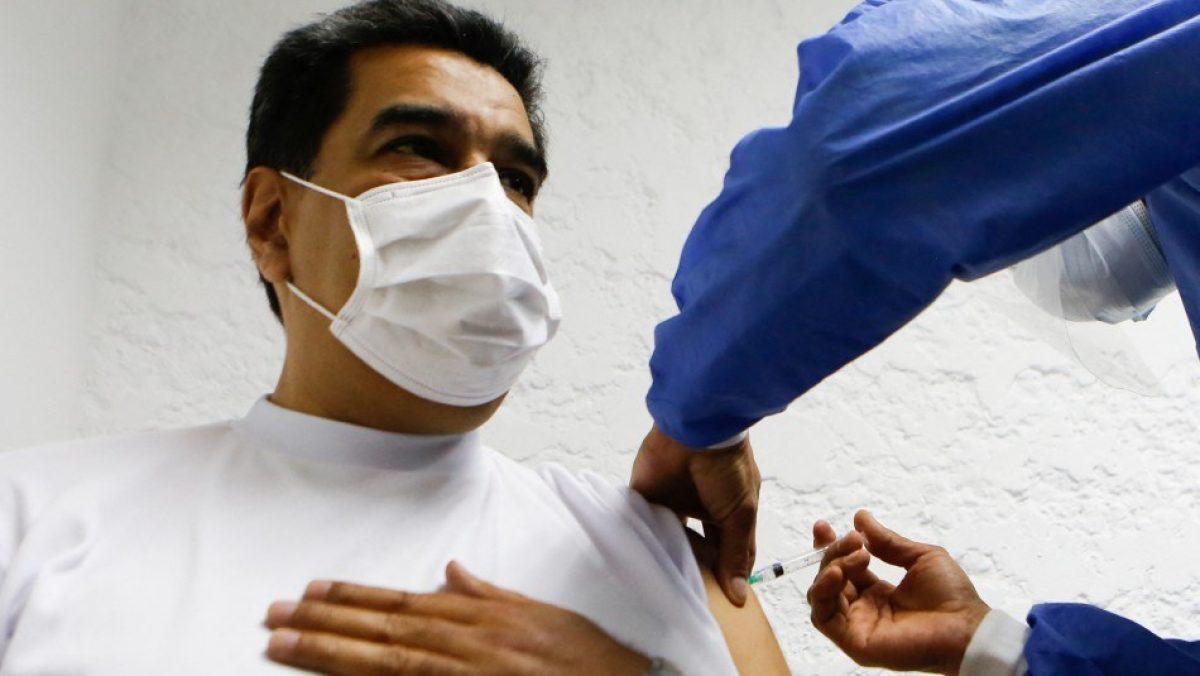 Nicolás Maduro recibe vacuna contra Covid-19: Anuncian vacunación de profesores