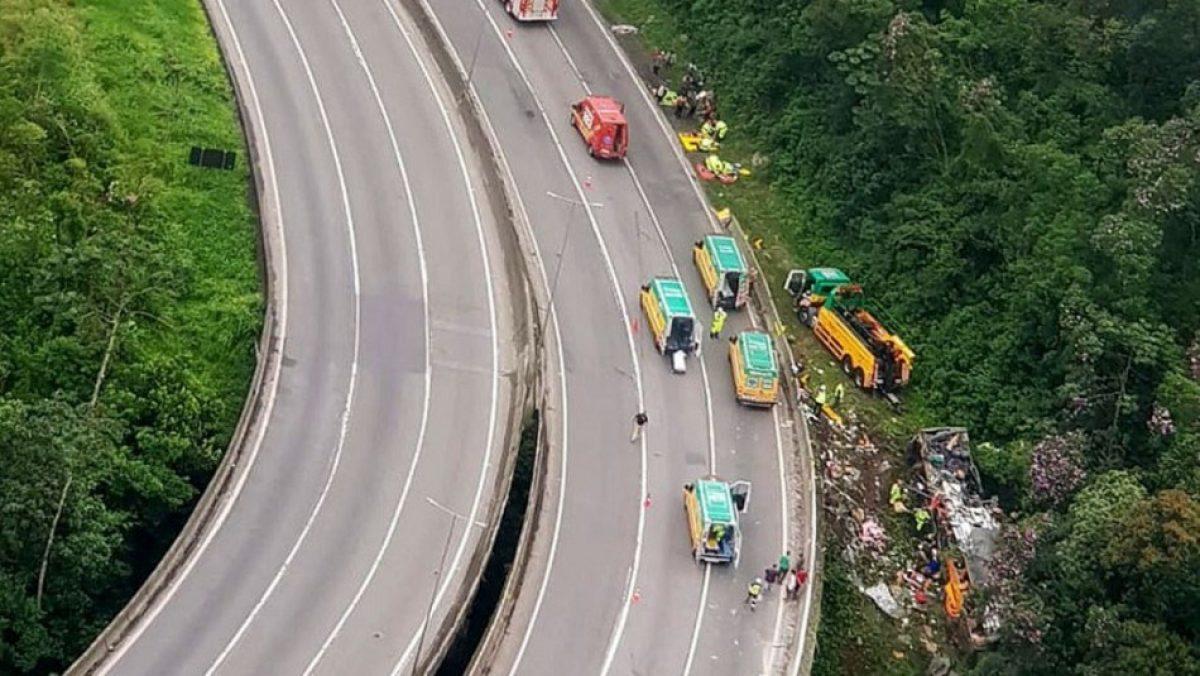 VIDEO | Accidente dejó 21 muertos y 36 heridos en carretera de Brasil