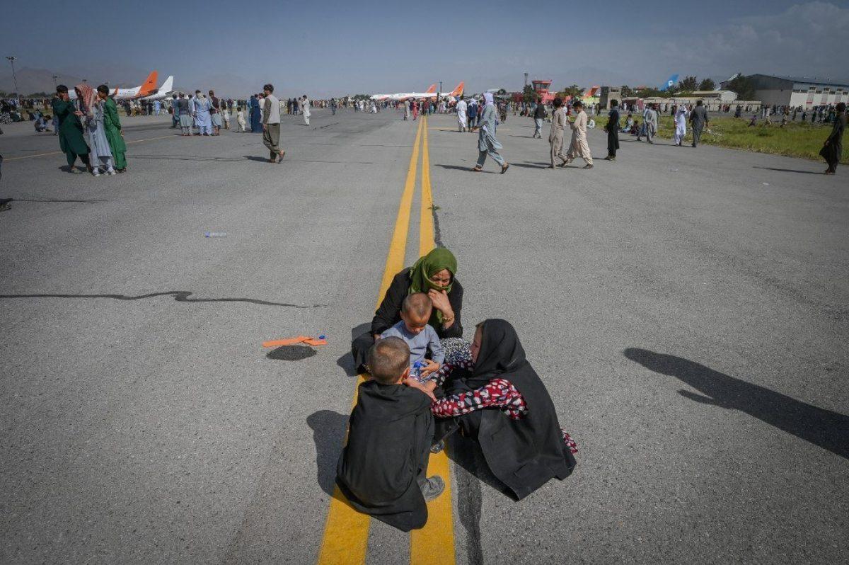 """Para las afganas, el regreso de los talibanes es """"el fin del mundo"""""""