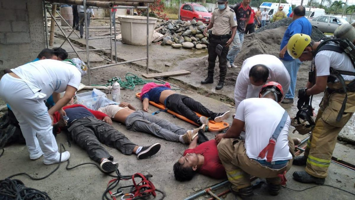 Encuentran cuatro personas ahogadas en una cisterna
