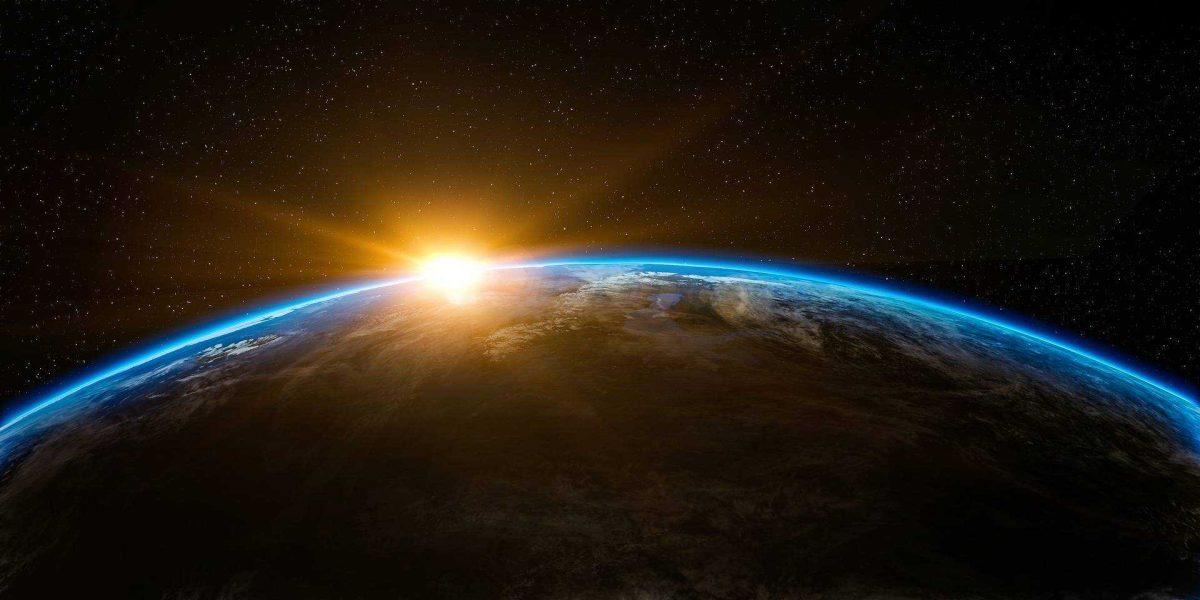 La Tierra acelera su rotación y genera días más cortos