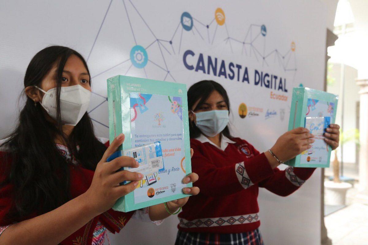 VIDEO | El proyecto 'Canasta Digital' ampliará la cobertura de internet en el país y dará otros beneficios
