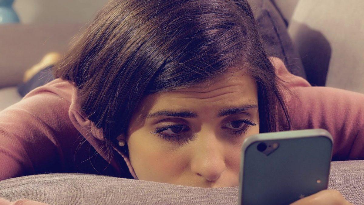 Cuántos minutos al día en las redes sociales son necesarios para deprimirte según científicos