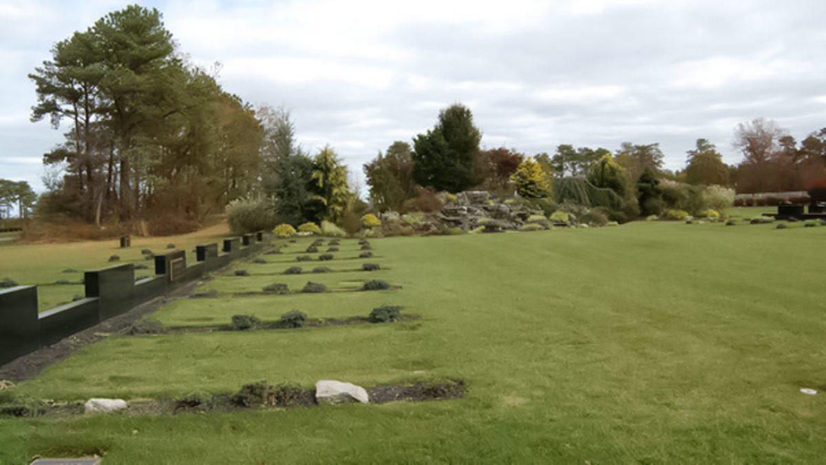 Un sepulturero muere enterrado vivo en la tumba que cavaba en un cementerio