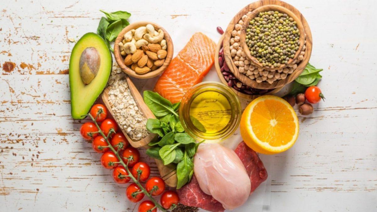 Descubren que una popular dieta puede prevenir y curar las enfermedades cardíacas