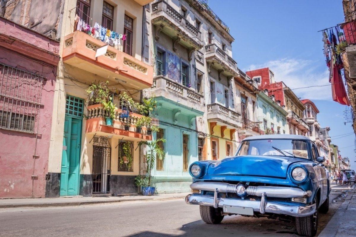 Cuba abre la puerta a más capitalismo