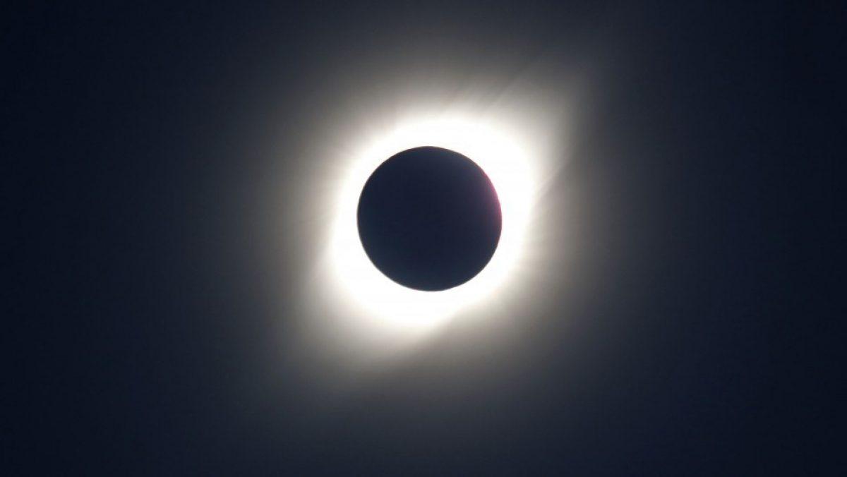 ¡Histórico! Ecuador será testigo de un eclipse solar