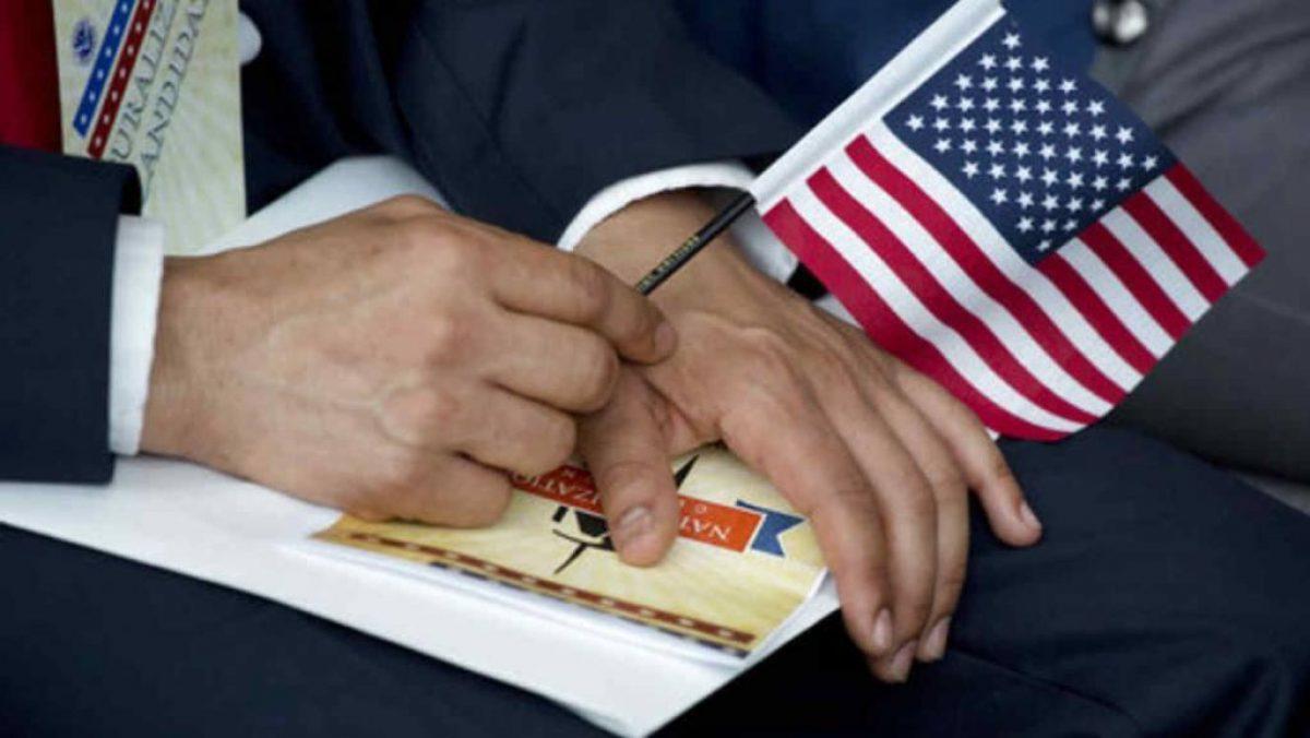 Estados Unidos extiende suspensión de entrada para inmigrantes
