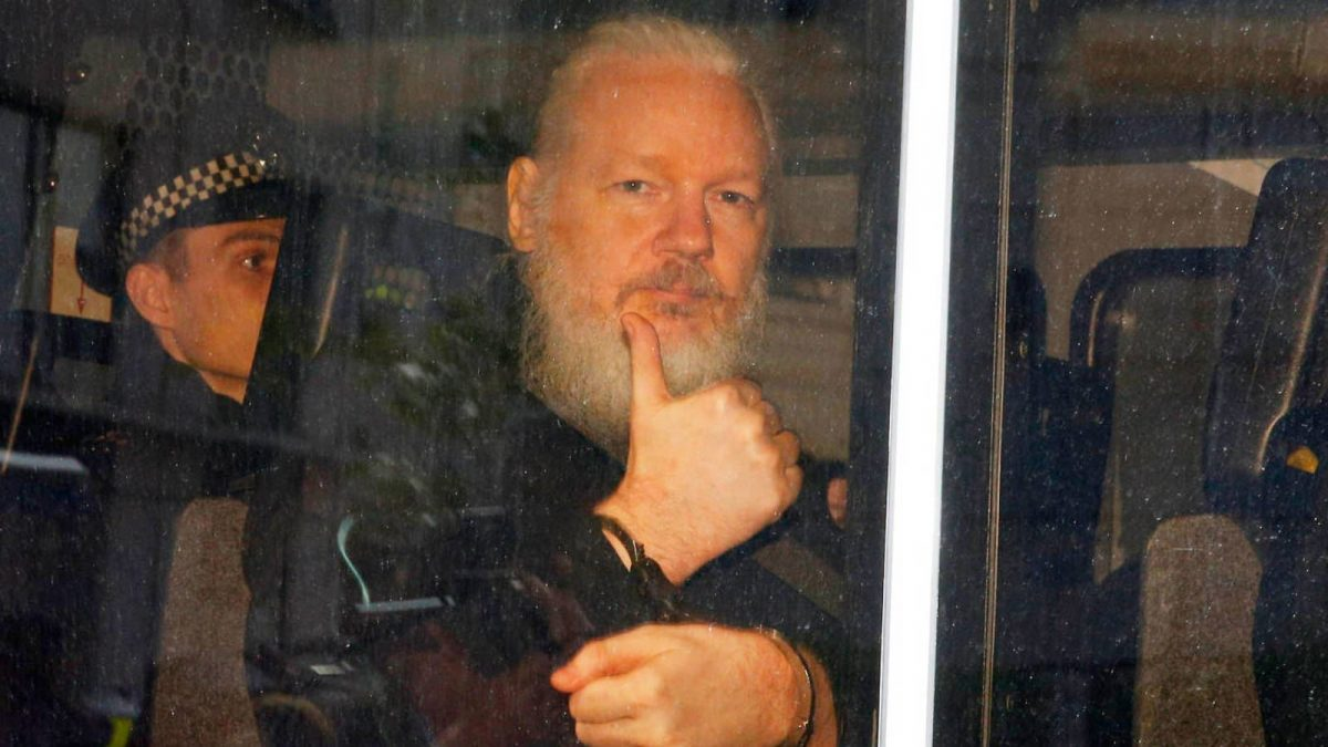 Este lunes Julian Assange sabrá si puede ser extraditado a EEUU